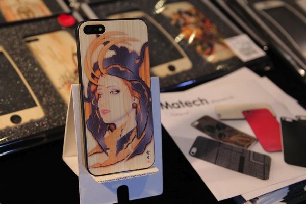 iPhoneケース展001.jpg