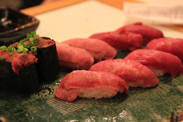 渋谷肉横丁肉寿司007.jpg