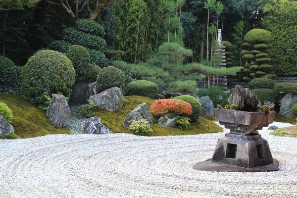 京都霊雲院紅葉観光スポット000.jpg