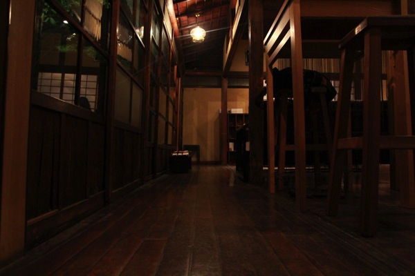 DADA CAFE 古民家カフェ新宿006.jpg