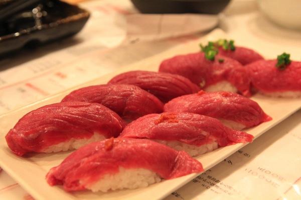 渋谷肉横丁肉寿司008.jpg