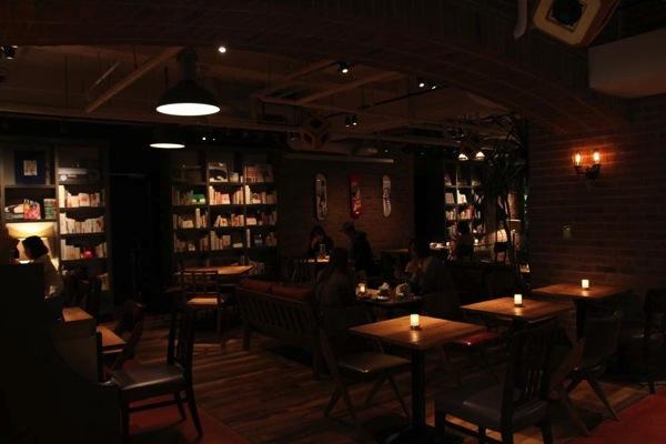 静岡bluebookcafe電源3.JPG
