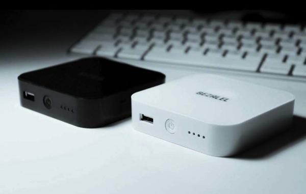 モバイルバッテリー「ARK」。ワイヤレス充電Qi8.jpg