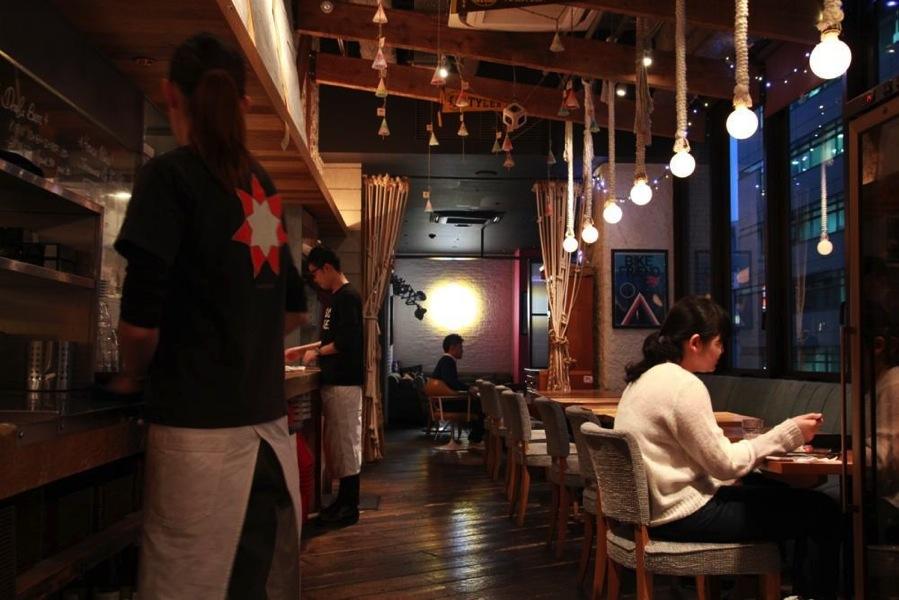 渋谷電源カフェ「public house」4.jpeg