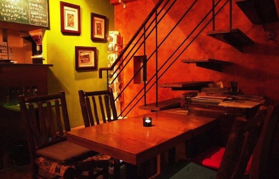 doubletall-cafe1.jpg