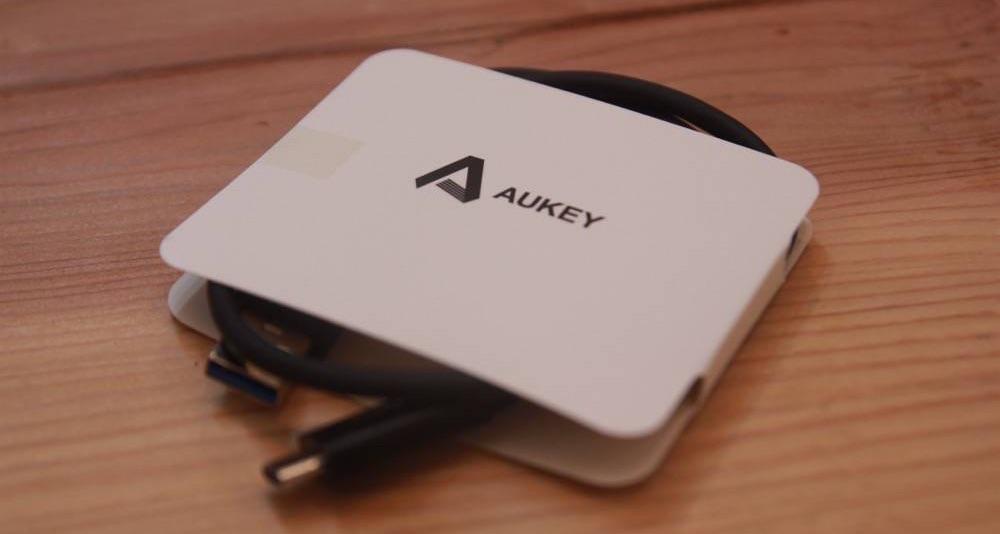 aukeyusbc4 のコピー.jpg