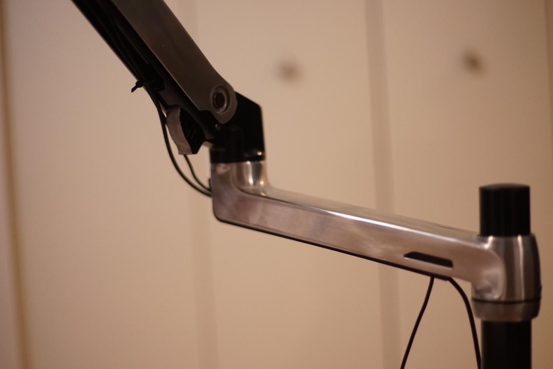 Ergotron desk arm10