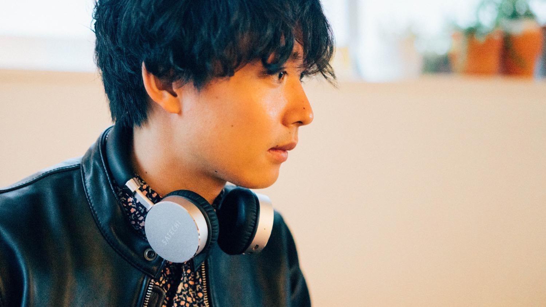 Satechi aluminum wireless headphone 16