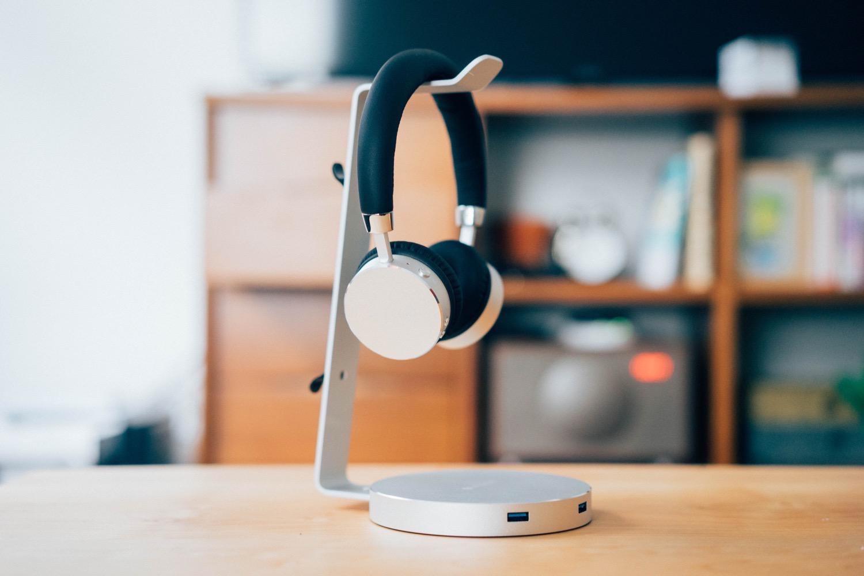 Satechi aluminum wireless headphone 17
