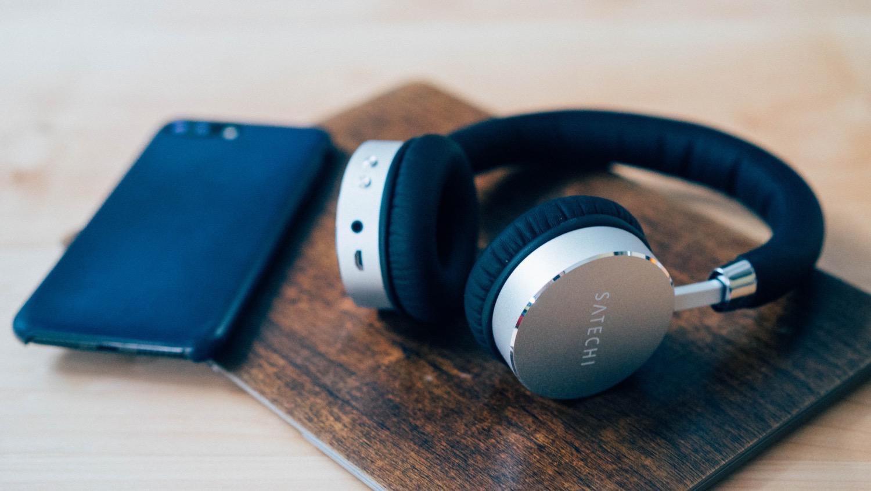 Satechi aluminum wireless headphone 18