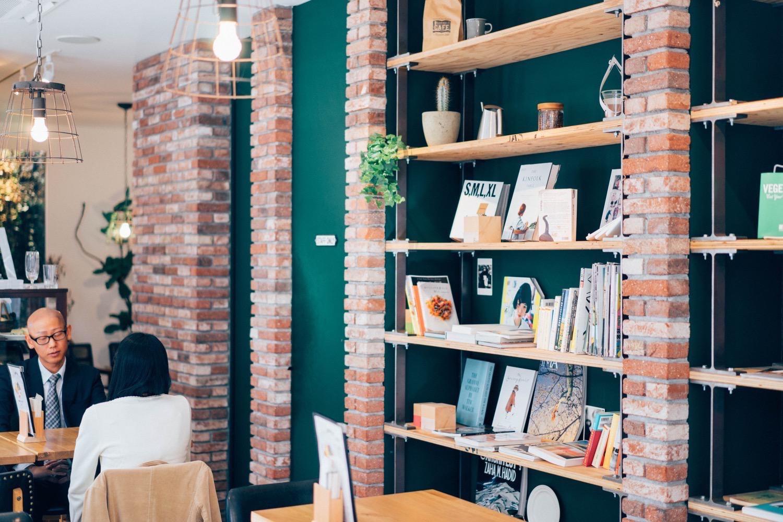 Terminal cafe 5