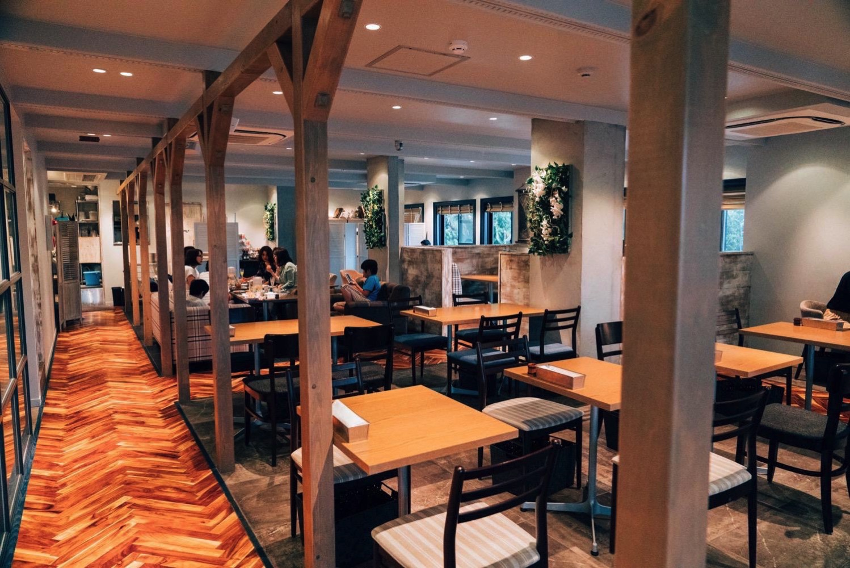 Roomlax cafe kamakura 1