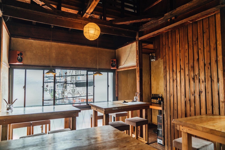 Nakameguro cafe y2tstand 1