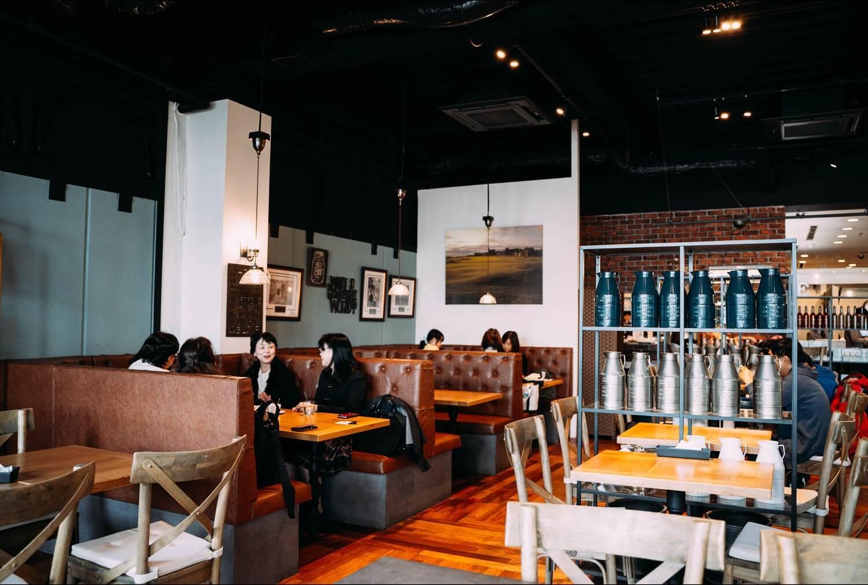 Embassy Cafe Dining gakugeidai 0005