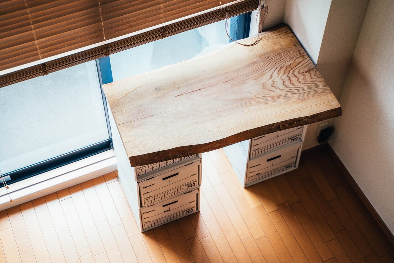 Bankersbox desk 0004