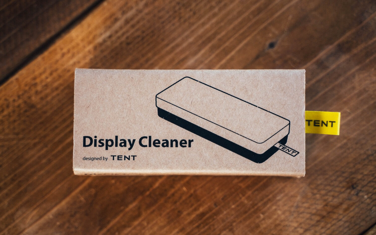 Display cleaner tent 0002
