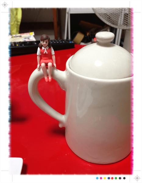 コップのフチ子003 (mini).png
